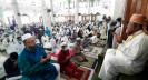 স্বাস্থ্যবিধি মেনে ঈদ পালন করছে বন্দর নগরী চট্টগ্রাম