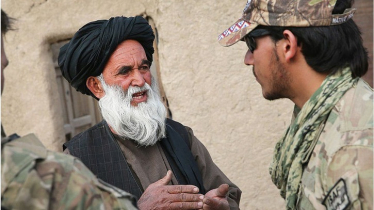 আমেরিকায় যাচ্ছে আফগান দোভাষীদের প্রথম দল