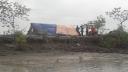 খুলনায় বাঁধ মেরামতে ঠিকাদারের গড়িমসি-অনিয়ম